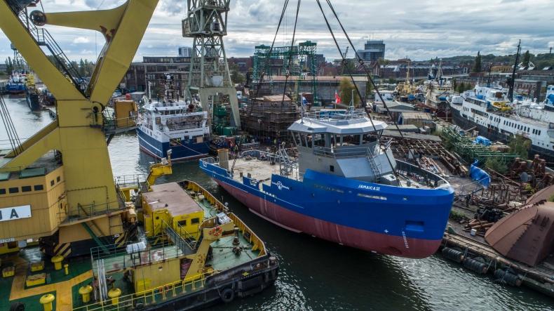 Wodowanie wielozadaniowego statku dla Jamajki w stoczni Safe (foto, wideo) - GospodarkaMorska.pl