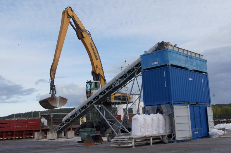 Konfekcjonowanie nawozów i innych produktów chemicznych w OT Port Gdynia - GospodarkaMorska.pl