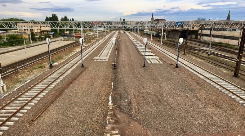 Poprawia się dostęp kolejowy do portów w Szczecinie i Świnoujściu - GospodarkaMorska.pl