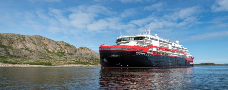Hurtigruten odwołuje rejsy po Antarktydzie od stycznia do marca z powodu pandemii - GospodarkaMorska.pl