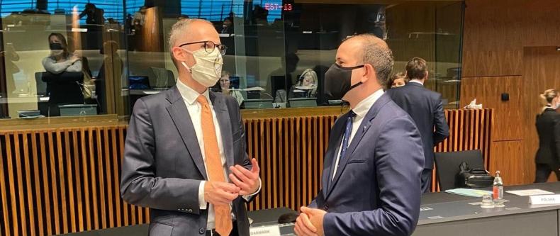 Wiceminister klimatu na unijnej Radzie ds. Środowiska - GospodarkaMorska.pl