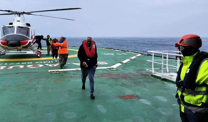 Uratowano 62 marynarzy z byłego statku badawczego z Gdańska, który zatonął na Atlantyku - GospodarkaMorska.pl