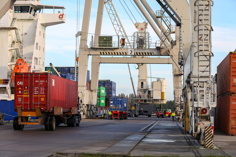 Pilotażowy program automatyzacji odpraw kontenerów w polskich terminalach (wywiad) - GospodarkaMorska.pl