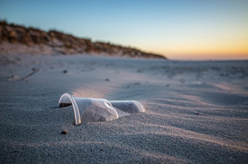 Stany Zjednoczone główną przyczyną zanieczyszczenia oceanów - GospodarkaMorska.pl