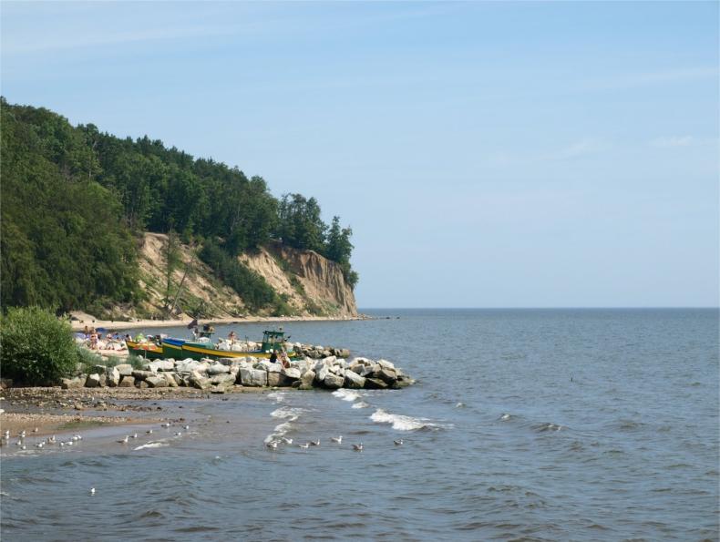 Sztorm zmył 6 tys. m sześc. świeżo poszerzonej plaży w Orłowie. Straty szacowane na ponad ćwierć miliona zł - GospodarkaMorska.pl