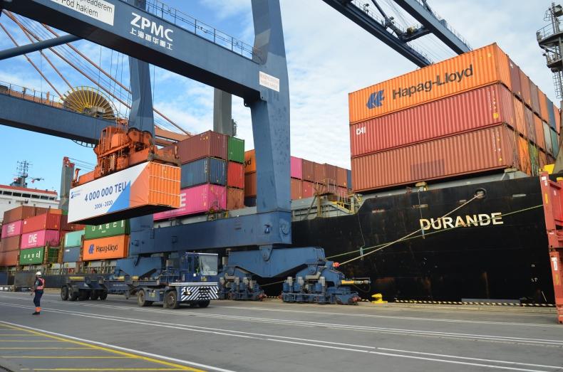 Ponad 4 milionów TEU przeładowanych w Hutchison Ports Gdynia (GCT) - GospodarkaMorska.pl