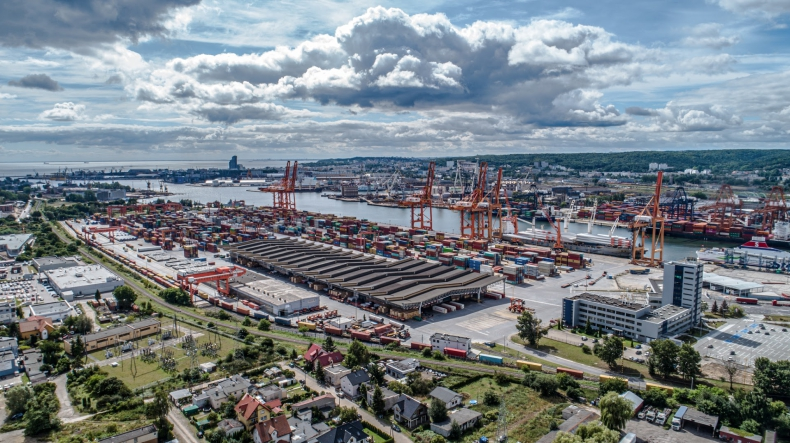 Port Gdynia utrzymuje wzrost przeładunków pomimo pandemii - GospodarkaMorska.pl