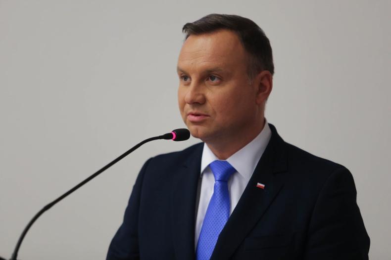 Prezydent popiera działania rządu w sprawie budżetu unijnego - GospodarkaMorska.pl
