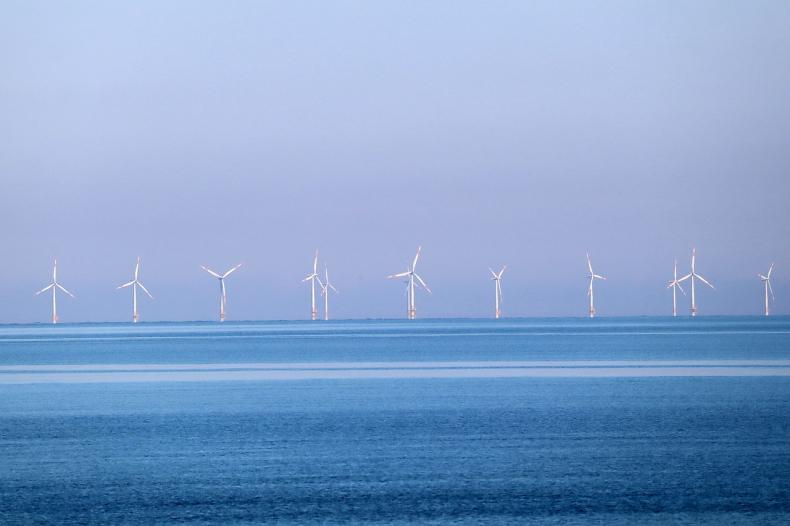 KE zaprezentowała strategię dot. morskich farm wiatrowych w UE - GospodarkaMorska.pl