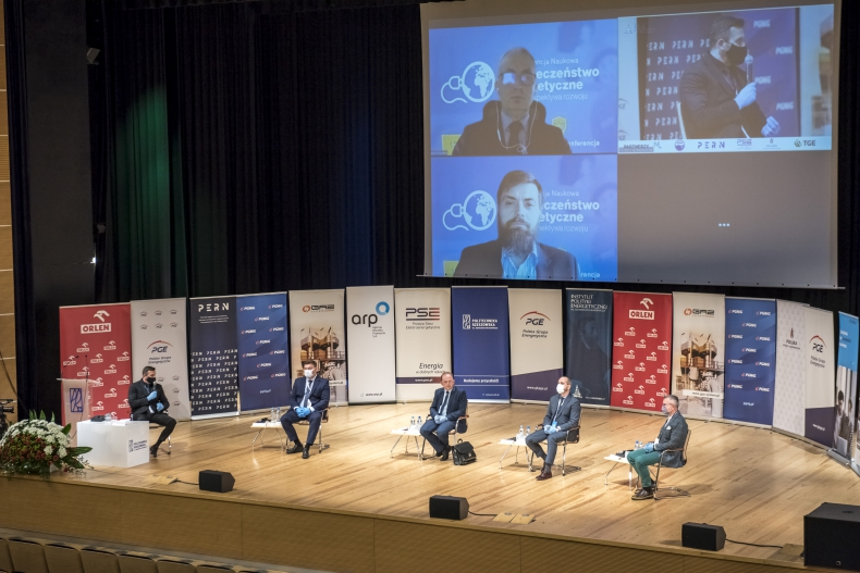 """Podsumowanie konferencji ,,Bezpieczeństwo energetyczne - filary i perspektywa rozwoju"""" - GospodarkaMorska.pl"""