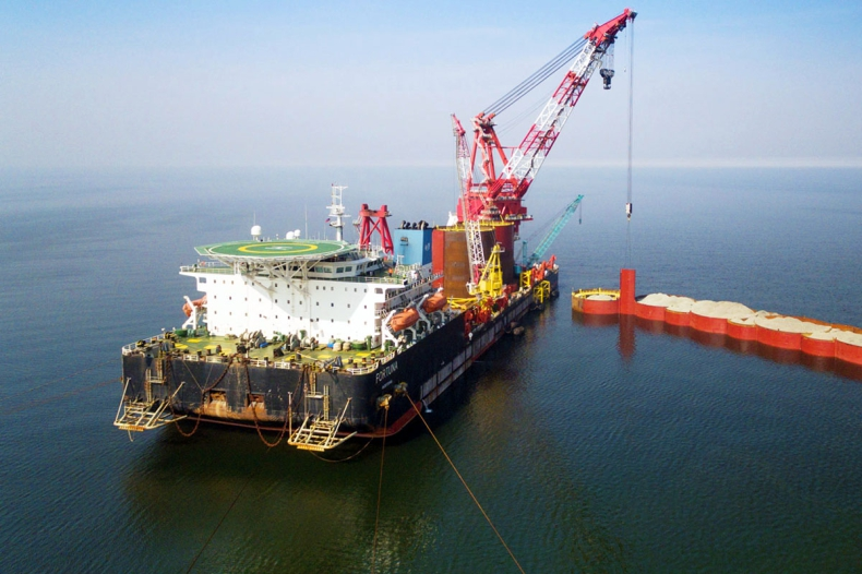 Barka Fortuna, wymieniana w związku z Nord Stream 2, zmieniła właściciela - GospodarkaMorska.pl