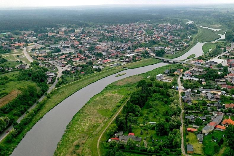 Rozpoczynają się prace przy udrożnieniu Pilicy w Sulejowie  - GospodarkaMorska.pl