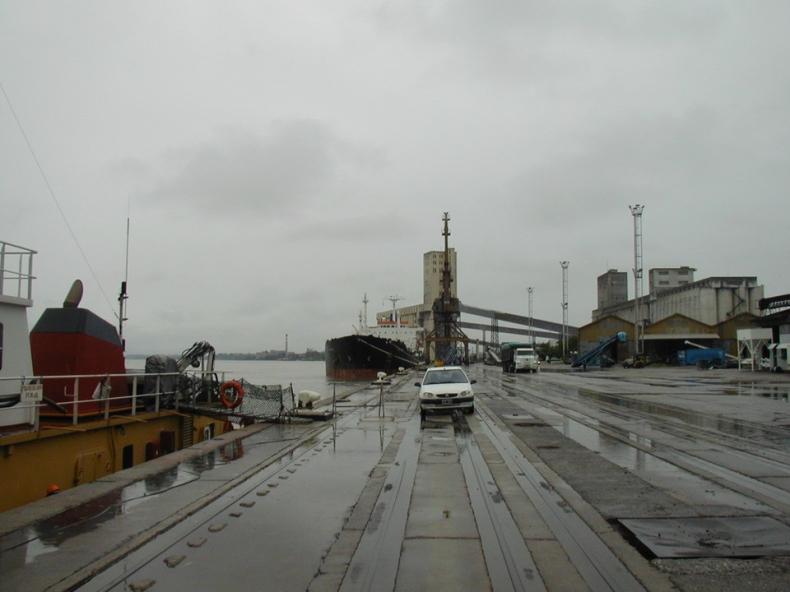 Strajki w argentyńskich portach opóźniły przeładunek ponad 100 statków ze zbożem - GospodarkaMorska.pl
