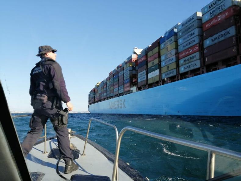 Maersk Elba stracił moc po pożarze u wybrzeży Portugalii - GospodarkaMorska.pl