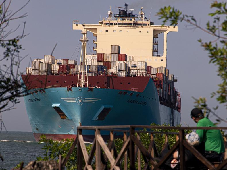 Maersk: Europejskie lockdowny nie stłumiły popytu na kontenerowce - GospodarkaMorska.pl