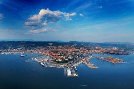 Niemiecka firma zakończyła przejęcie włoskiego terminala - GospodarkaMorska.pl