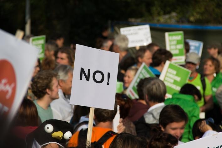 Młodzieżowy Strajk Klimatyczny ma protestować przeciw Nord Stream 2 - GospodarkaMorska.pl