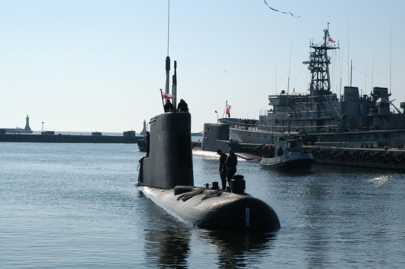 MON: Okręty podwodne typu Kobben są zdolne do bezpiecznego zanurzania i wynurzania - GospodarkaMorska.pl