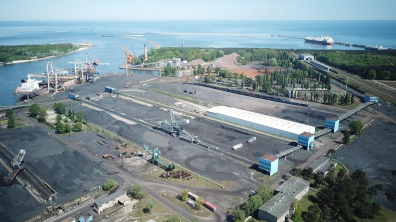 Zespół portów Szczecin-Świnoujście podsumował przeładunki w 2020 - GospodarkaMorska.pl