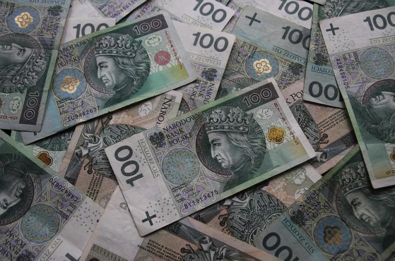KO: polityka gospodarcza rządu powoduje podwyżki - GospodarkaMorska.pl
