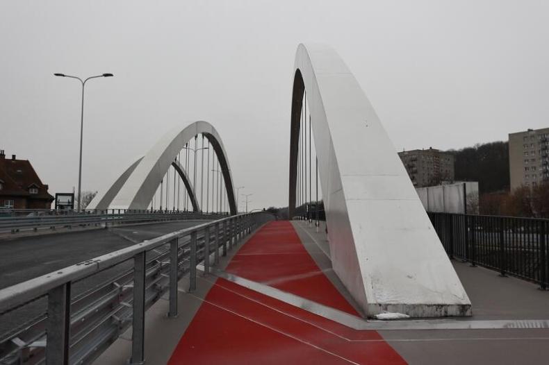 Gdańsk: w piątek otwarcie drugiej nitki wiaduktu prowadzącego do portu - GospodarkaMorska.pl