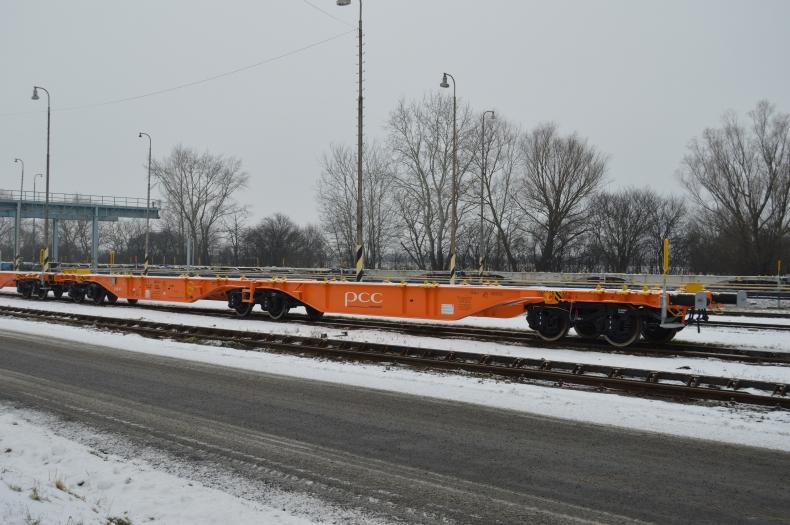 Lineas i PCC Intermodal zwiększają częstotliwość przewozów towarowych drogą kolejową między Polską, a Belgią - GospodarkaMorska.pl