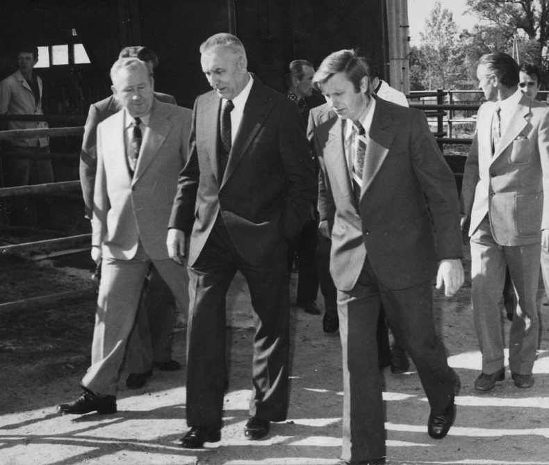 """50 lat temu padło gierkowskie pytanie """"Pomożecie?"""" - GospodarkaMorska.pl"""
