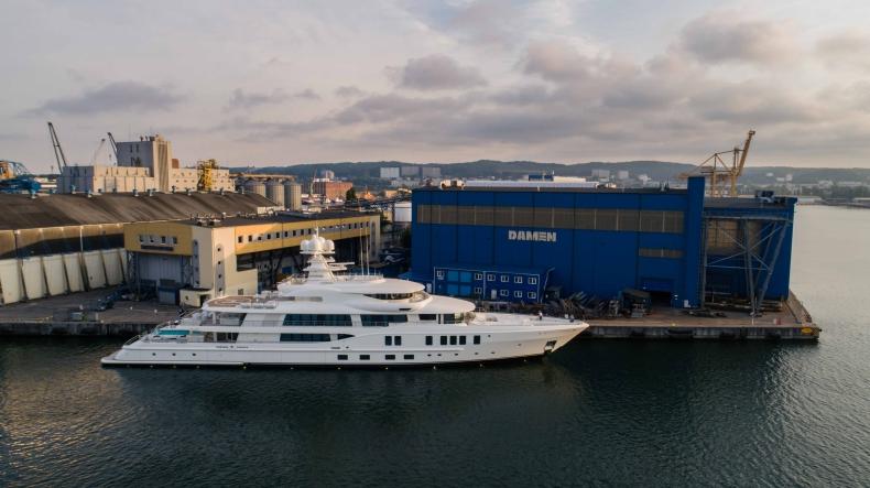 Stocznia Damen Shipyards Gdynia - specjaliści w budowie kadłubów luksusowych jachtów - GospodarkaMorska.pl