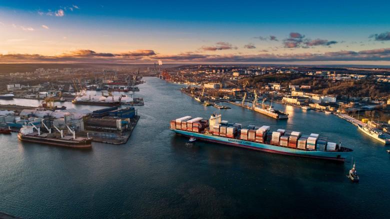 Nowe połączenie z BCT Gdynia do portów w Hamburgu i Bremerhaven - GospodarkaMorska.pl