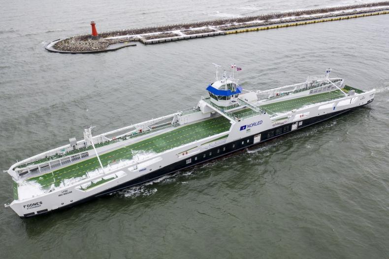 Stocznia Remontowa Shipbuilding przekazała norwegom prom elektryczny FODNES - GospodarkaMorska.pl