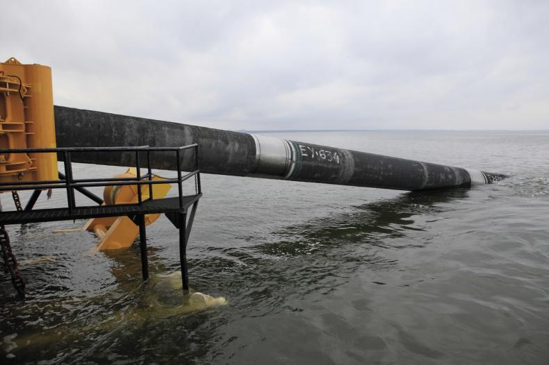 Nord Stream 2: statek Fortuna rozpoczął układanie rurociągu w duńskich wodach - GospodarkaMorska.pl