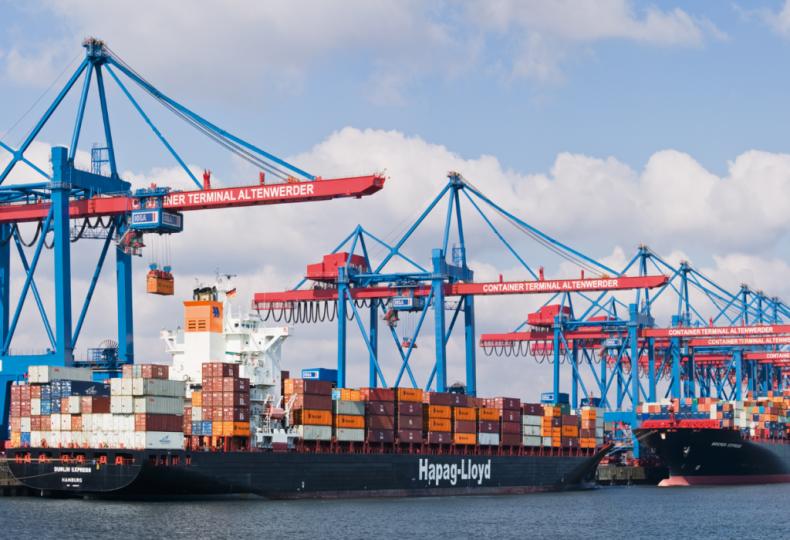 Hapag-Lloyd: Wszystkie dostępne kontenerowce mają pracę - GospodarkaMorska.pl