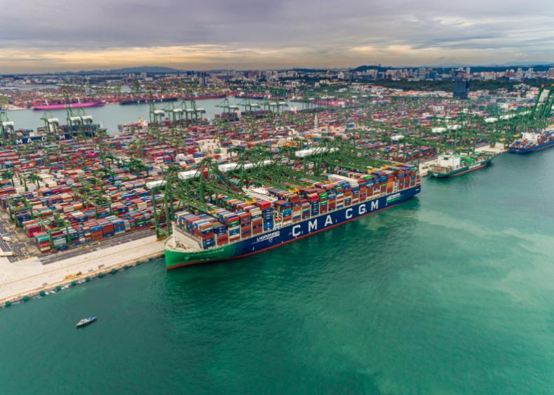 CMA CGM zbuduje sześć napędzanych LNG kontenerowców na trasy transpacyficzne - GospodarkaMorska.pl