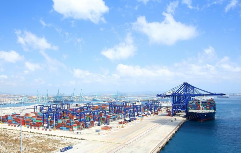 CMA CGM przejęła udział kapitałowy w terminalu kontenerowym TTIA w Algeciras - GospodarkaMorska.pl
