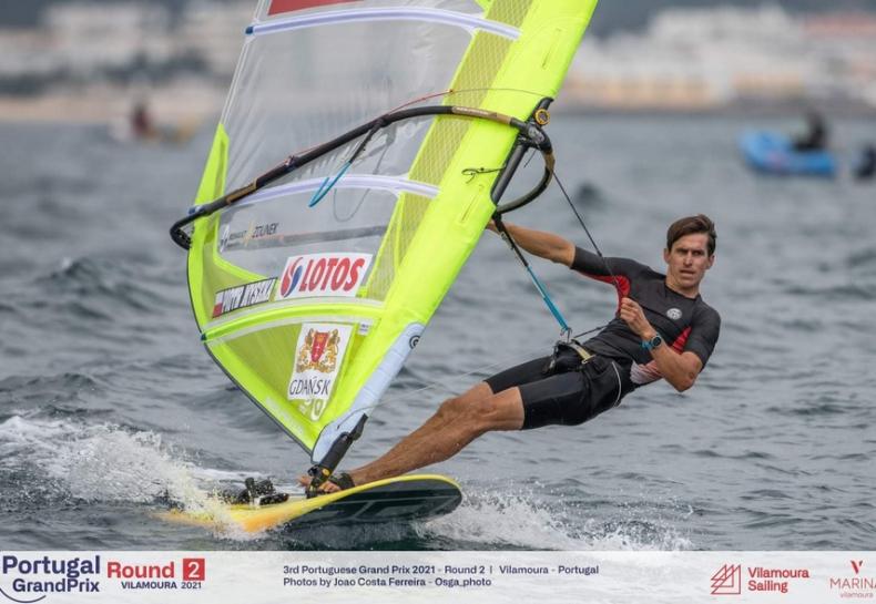 Polak faworytem żeglarskich mistrzostw Europy? Wygrał regaty Portugal Grand Prix - GospodarkaMorska.pl