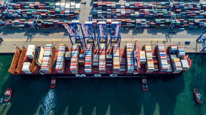 Port Gańsk w pierwszej 15 największych portów kontenerowych w Europie. Rotterdam numerem 1 - GospodarkaMorska.pl