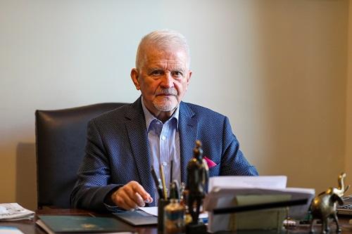 Jerzy Wójtowicz, prezes C. Hartwig: Bez terminalu kontenerowego świnoujski port będzie się cofał w rozwoju - GospodarkaMorska.pl