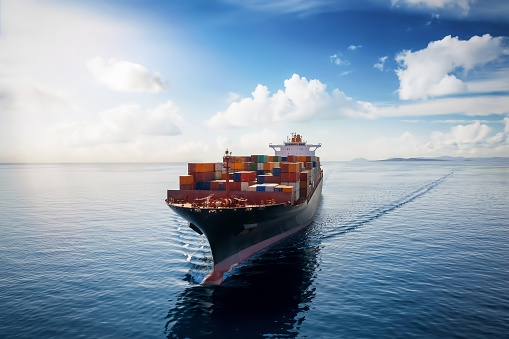 COVID w żegludze nie taki groźny ale koryguje prognozy. Polskie porty wypadły dobrze na tle portów UE - GospodarkaMorska.pl