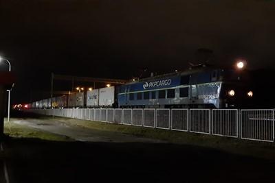 Najcięższy pociąg intermodalny w Polsce dojechał do Terminala DCT Gdańsk - GospodarkaMorska.pl