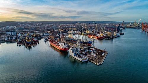 Sympozjum dotyczące alternatywnych paliw o niskiej i zerowej emisji dwutlenku węgla dla żeglugi - GospodarkaMorska.pl