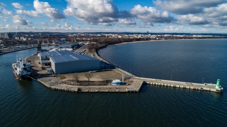 Dostawa ryb z Rosji do Portu Gdańsk (foto, video) - GospodarkaMorska.pl