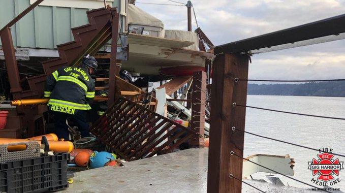 USA: Barka uderzyła w dom w stanie Waszyngton - GospodarkaMorska.pl