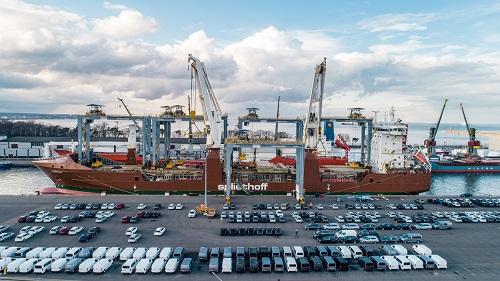 Suwnice RTG z El Professional w Porcie Gdańsk wyruszyły do terminalu kontenerowego w Afryce (video, foto) - GospodarkaMorska.pl