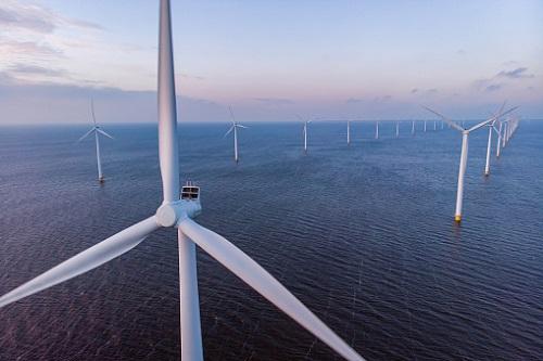 Największa na świecie morska farma wiatrowa u wybrzeży Wielkiej Brytanii - SSE Plc i Equinor ASA planują sprzedać udziały - GospodarkaMorska.pl