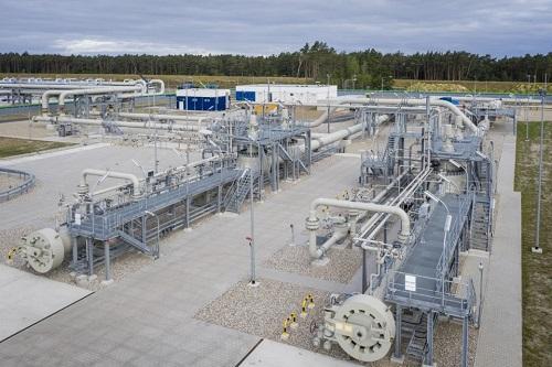 Amerykańskie sankcje nie zatrzymały budowy Nord Stream 2 - GospodarkaMorska.pl