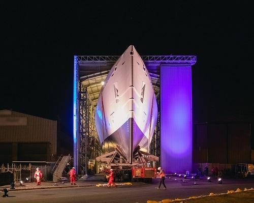 Damen Shipyards Cape Town: zwodowano pierwszy przybrzeżny wielozadaniowy statek patrolowy dla SA Navy - GospodarkaMorska.pl