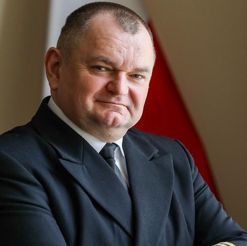 Akademia Morska kuźnią kadr dla terminalu kontenerowego w Świnoujściu! - GospodarkaMorska.pl