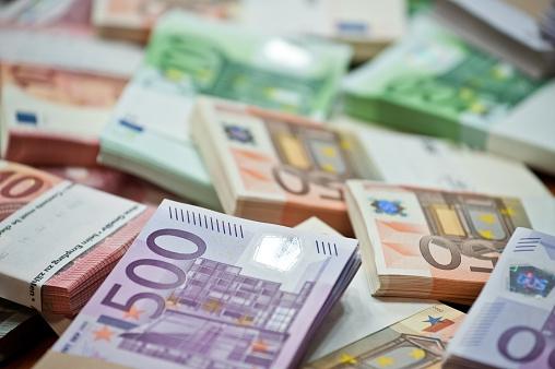 Ebury: Ostatnie osłabienie złotego powinno mieć charakter tymczasowy - GospodarkaMorska.pl