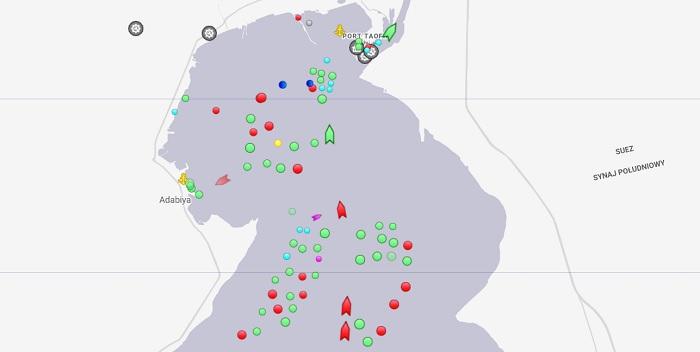 W nocy przez Kanał Sueski miało przepłynąć 113 statków - GospodarkaMorska.pl