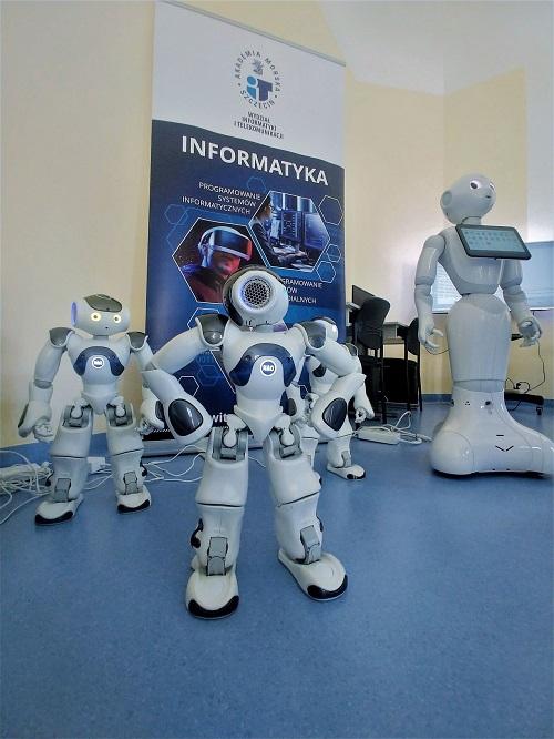 Sztuczna inteligencja i widzenie maszynowe – roboty przejęły nasze najnowsze laboratorium - GospodarkaMorska.pl